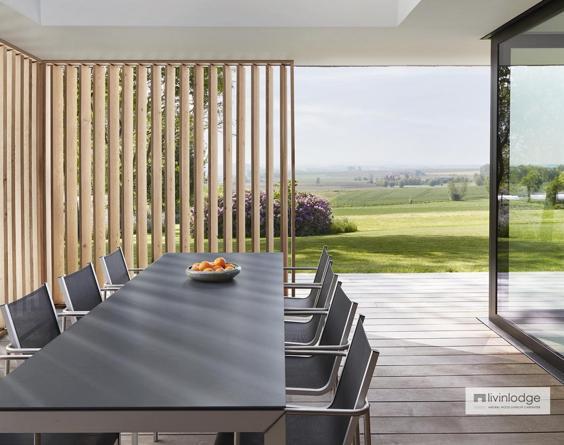 Houten shutters - terrasoverkapping | Livinlodge